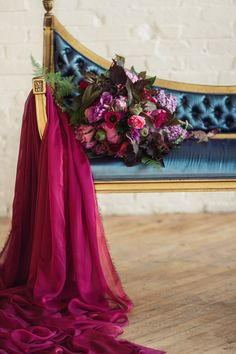 Jewel toned wedding | Justina Bilodeau Photography | see more on: http://burnettsboards.com/2015/10/exquisite-jewel-toned-bridals/