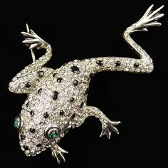 Reja Sterling Pave and Enamel Spots Climbing Emerald Eyed Tree Frog Pin, 1942-47