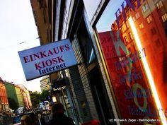 ALL IN ONE   Hier gibt es einfach alles. Kiosk, Frankfurt, Broadway Shows, Travel, Simple, Viajes, Traveling, Tourism, Outdoor Travel