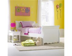 Lauren Sleigh Bed Set with Rails