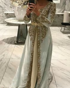 CaftanYou can find Moroccan dress and more on our website. Muslim Wedding Dresses, Luxury Wedding Dress, Eid Dresses, Dress Wedding, Wedding Bride, Party Dresses, Eid Outfits Pakistani, Morrocan Dress, Unusual Dresses