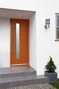 Ideas Modern Front Door Steps Home Front Door Steps, Oak Front Door, Front Door Porch, Spring Front Door Wreaths, Modern Front Door, Front Door Colors, Glass Front Door, Front Door Decor, House Front