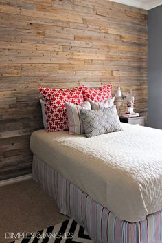 DIY  Farmhouse Styled Fence Plank Wall Budget Tutorial!I want to do this in my son's room! VL