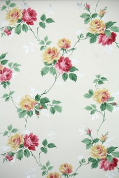 floral vintage wallpaper with pink and yellow roses #crashing_your_class_project #sorrynotsorry ;)
