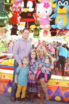 Family session at the fair! www.madisonvining.com