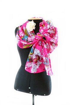 Silk Square Scarf - Garden in Pink by VIDA VIDA szDm1