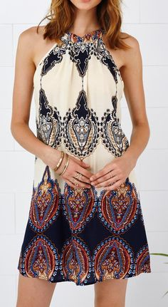 Add some bohemian print to your wardrobe with this amazing dress. Full of seasonal vibes all year round, this can be worked to fit any occasions from events to date night alike. Get the look at Cupshe.com