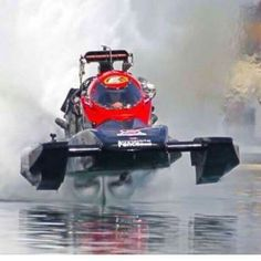 Bad ass picture of whiskey river top fuel hydro drag boat. ❤