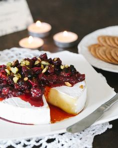 Baked Brie with Roasted Cranberries. Baked brie with roasted cranberry sauce The simple and gourmet appetizer you'll be taking to all of your holiday parties! Holiday Party Appetizers, Gourmet Appetizers, Christmas Party Food, Holiday Parties, Appetizer Party, Christmas Holiday, Vegetarian Appetizers, Vegetarian Recipes, Christmas Ideas