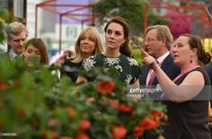 She played a supportive role in sister Pippa's wedding over the weekend, right, but there was no rest for the Duchess of Cambridge as she arrived at Chelsea Flower Show in London on Monday afternoon Kate Middleton Photos, Kate Middleton Style, Pippas Wedding, Kate Middleton Prince William, Chelsea Flower Show, Motif Floral, Princess Kate, Princess Charlotte, Show Photos