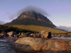 Buachaille Etive Mòr (in morning light) by KENNETH BARKER #GodsCountry #Scotland #ScottishRoutesonPinterest