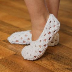 Instant Download Crochet Pattern My Pretty Slippers by Mamachee