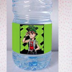 étiquette bouteille Monster high Deuce Gordon , nous pouvons insérer un texte , une date , un évènement sur les cotés gratuitement !!!