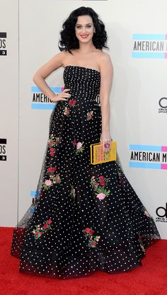 Katy Perry at the 2013 AMAs in Oscar de la Renta