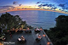 There are many romantic restaurants in Phuket and to compile the list of the best, we actually had to try a lot more than 10 but it sure was fun and sweet!
