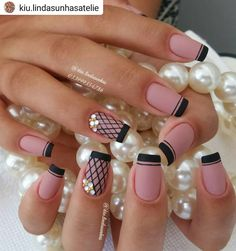 💅 Cristiana Rodrigues Esmalte com bala de leite, Dailus. Lace Nails, Pink Nails, Gel Nails, Music Nails, Crazy Nails, French Tip Nails, Cute Acrylic Nails, Beautiful Nail Designs, Stylish Nails