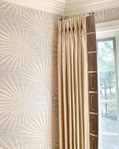 Floor Rugs, House Design, Room Design, Interior Decorating, Traditional House, Family Room Design, Elegant Drapes, Interior Styling, Thibaut