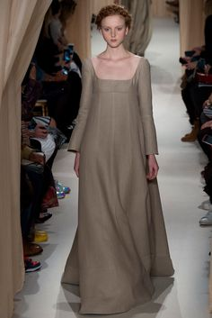 Valentino Spring 2015 Couture Fashion Show - Madison Stubbington (IMG)