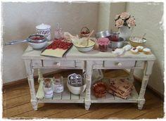 Table Cherry Scene by DollsHouseMinis on Etsy, €110.00
