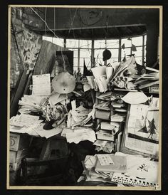 Alexander Calder, sculptor. | 40 Inspiring Workspaces Of The Famously Creative