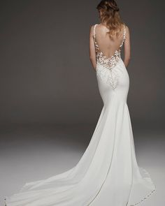 Wedding Dress HOSTA by Pronovias - Search our photo gallery for pictures of wedding dresses by Pronovias. Find the perfect dress with recent Pronovias photos. Pronovias Wedding Dress, Lace Wedding Dress, Fit And Flare Wedding Dress, Backless Wedding, Sexy Wedding Dresses, Bridal Dresses, Wedding Gowns, Wedding Dress Pictures, Crepe Dress