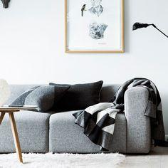 Beautiful blanket in wool from Georg Jensen Damask