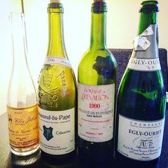 East vs south  #SGN from #zind is perfect as very often pinot gris #jebsal 2000; natural  #Egly VP is one of my favorite from the domaine #Trevallon 1990 is at perfect maturity with typical flavour from the site. Still AOC #Bonneau #celestin is the less impressive  #vin #dégustation #winelover #Vineyard #winetasting #winelife #winepairing #wine #vigne #vines  #vignoble  #instawine #viticulture  #frenchwine #winelover  #instavinho  #instadrink #instamood #wineblog #winestagram #wein #vino…