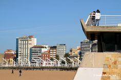 Poniente beach. Playa de Poniente #Gijon. Playas #Asturias. #España #Spain [Más info] http://www.desdeasturias.com/playa-de-poniente/