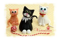Edible fondant figures and characters - Cat cake toppers - goodtoknow Cat Cake Topper, Fondant Toppers, Edible Cake Toppers, Fondant Cakes, Fondant Icing, 3d Cakes, Chocolate Fondant, Modeling Chocolate, Cupcake Toppers
