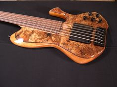 The Damian Erskine bass by Skjold