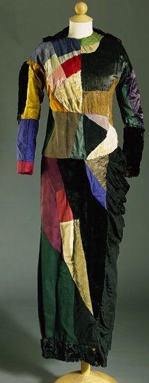 Sonia Delaunay, (1913) Robe simultanée, patchwork de tissus, Collection privée.