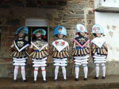 Peliqueiros en Carnaval de Laza 2008 - Entroido de Laza  - Verín - Ourense (Galicia-Spain)Traje Tradicional y símbolos del Carnaval en Laza