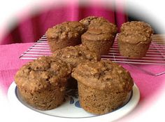 Pink-Vegan: Peanut Butter Grape Nut Muffins