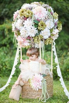 Hot Air Balloon Photo Prop / DIY / Floral / Photo Session