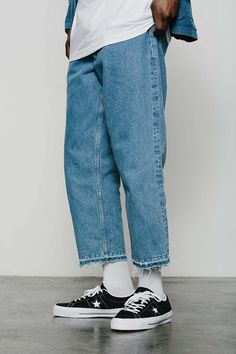 BDG Crispin Wash Relaxed Cutoff Jean - Urban Outfitters