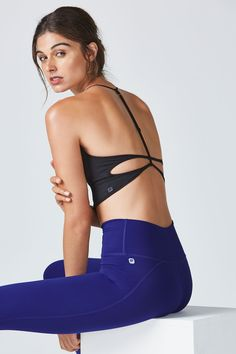 Your routine has never looked this streamlined. Start with our first-ever high-waisted leggings that suck you in, and complete the look with a sexy, T-strap midi bra, inspired by our top-selling, seamless tank.