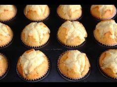 How to make Easy Basic Muffins Recipe Banana Bread Muffins, Apple Muffins, Breakfast Muffins, Orange Muffins, Oven Recipes, Muffin Recipes, My Recipes, Cooking Recipes, Brownie Muffin Recipe