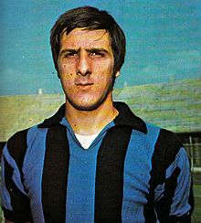 Gaetano Scirea 25 May 1953 – 3 September 1989 was an Italian professional footballer who is considered one of the greatest defenders of all-time