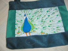 Ręcznie malowana torba z pawiem / Handpainted & sewed bag with a peacock