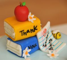 Simply Homemade Cakes: Last Day of School - Let Us Eat Cake! Teachers Day Cake, Teacher Cakes, Cupcakes, Cupcake Cakes, School Cake, School Gifts, Big Cakes, Dessert Decoration, Cake Pictures