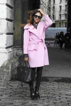 Trendy 2014: różowy płaszcz, fot. Imaxtree