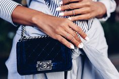 Summer accessories - Chanel small Boy bag in blue velvet + layered dainty rings