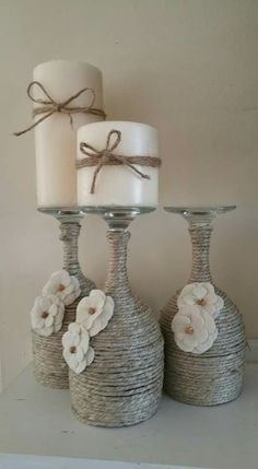 30 Cheap and Easy Homemade Wine Glasses Christmas Candle Holders - Candles - Ideas of Candles - Christmas wine glass candle holder ; DIY Home Decor Ideas; cheap and easy candle holders. Wine Glass Candle Holder, Diy Candle Holders, Diy Candles, Ideas Candles, Black Candles, Wine Bottle Holders, Christmas Candle Holders, Christmas Centerpieces, Christmas Decorations