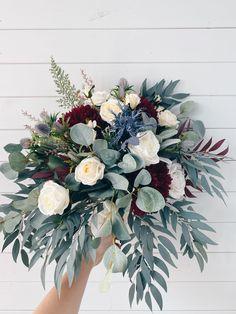 Flowers For Navy Wedding, Winter Wedding Bouquets, Fall Wedding Themes, November Wedding Flowers, Emerald Wedding Colors, Wedding Boquette, Cascading Wedding Bouquets, Winter Bouquet, Winter Wedding Flowers