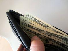 Quatro dicas para pagar menos IOF na compra de moeda estrangeira
