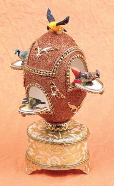Exquisite Birdhouse Musical Egg ~ Somewhere Over the Rainbow
