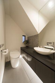 K様邸 Setagaya Corian, Vanity Units, Powder Room, Toilet, Architecture, Simple, Interior, Modern, Bathrooms