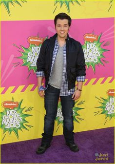 Nathan Kress & Gregg Sulkin - Kids' Choice Awards 2013 Red Carpet: Photo Gregg Sulkin and Nathan Kress arrive at the 2013 Kids' Choice Awards held at the USC Galen Center on Saturday (March in Los Angeles. The two actors were… Kids Choice Awards 2013, Nathan Kress, My First Crush, Icarly, Cute Actors, Red Carpet Fashion, A Good Man, Hot Guys, Beautiful People