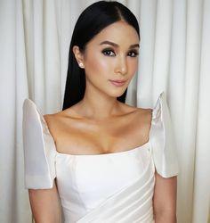 Modern Filipiniana Gown, Filipiniana Wedding Theme, Woodland Wedding Dress, Heart Evangelista, Philippines Fashion, Civil Wedding Dresses, Filipina Beauty, Best Makeup Artist, Dress Hairstyles