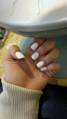 White acrylic nails.. I love white nails…